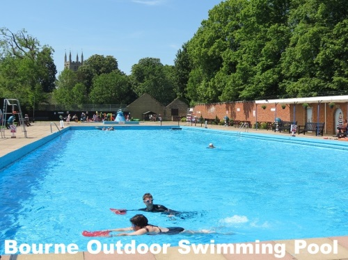 Bourne Outdoor Swimming Pool
